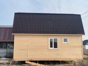 Готовый дом размером 6х7.5 каркасно щитовой
